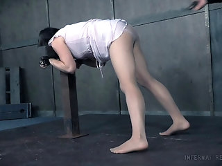 Amateur torture session with a nasty guy and slave Sadie Franklin