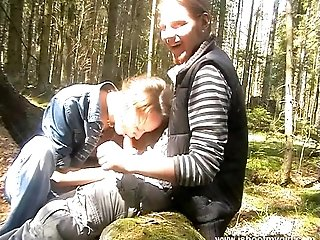 Nasty hot ass teen chick gets drilled outdoor doggystyle in a hot orgasm