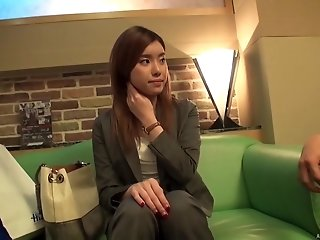 Amateur Japanese businesswoman picked up on the streets and fucked