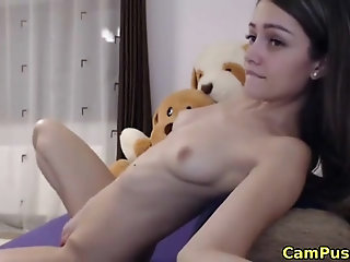 Lovely camgirl having orgasm on webcam and loves it