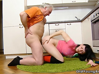 Spoiled brunette Dasha lures old plumber to be analfucked hard enough